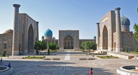 Uzbekistán, Ciudades de Leyenda y Moscú