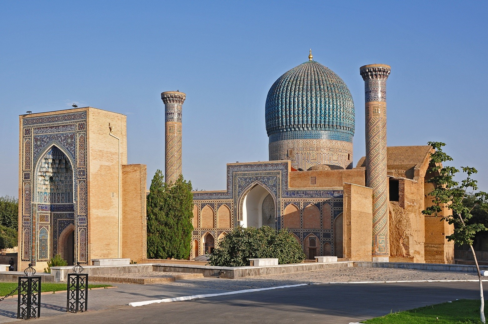 cultures of uzbekistan and georgia Georgia probably stems from the persian designation of the georgians – gurğān, in the 11th and 12th centuries adapted via syriac gurz-ān/gurz-iyān and arabic.