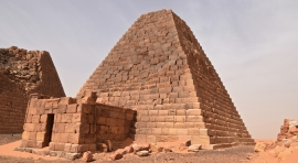 SUDAN, LAS PIRÁMIDES DE MEROE
