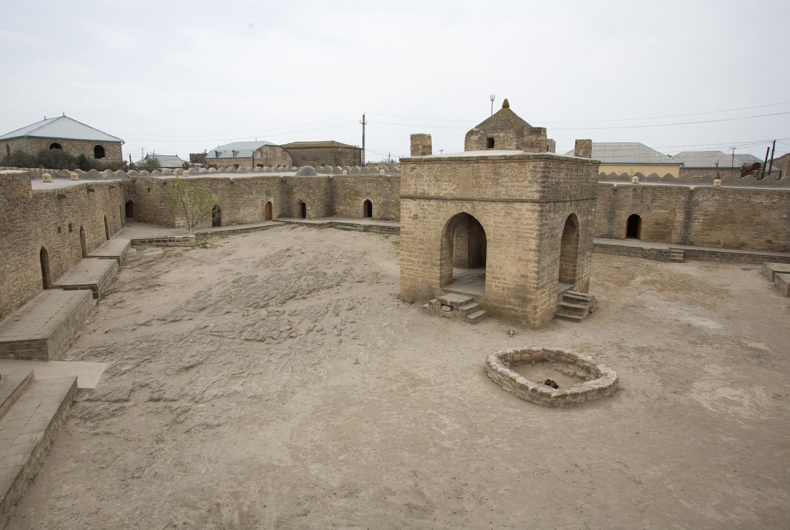 Viaje a Azerbaiyan - Ateshgah