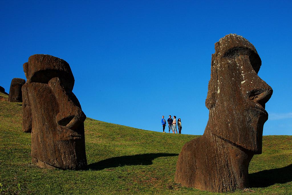 Viaja-a-Chile-moai