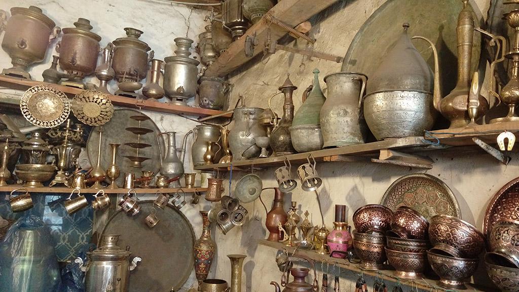 Visita-Azerbaijan-Lahij-artesanía