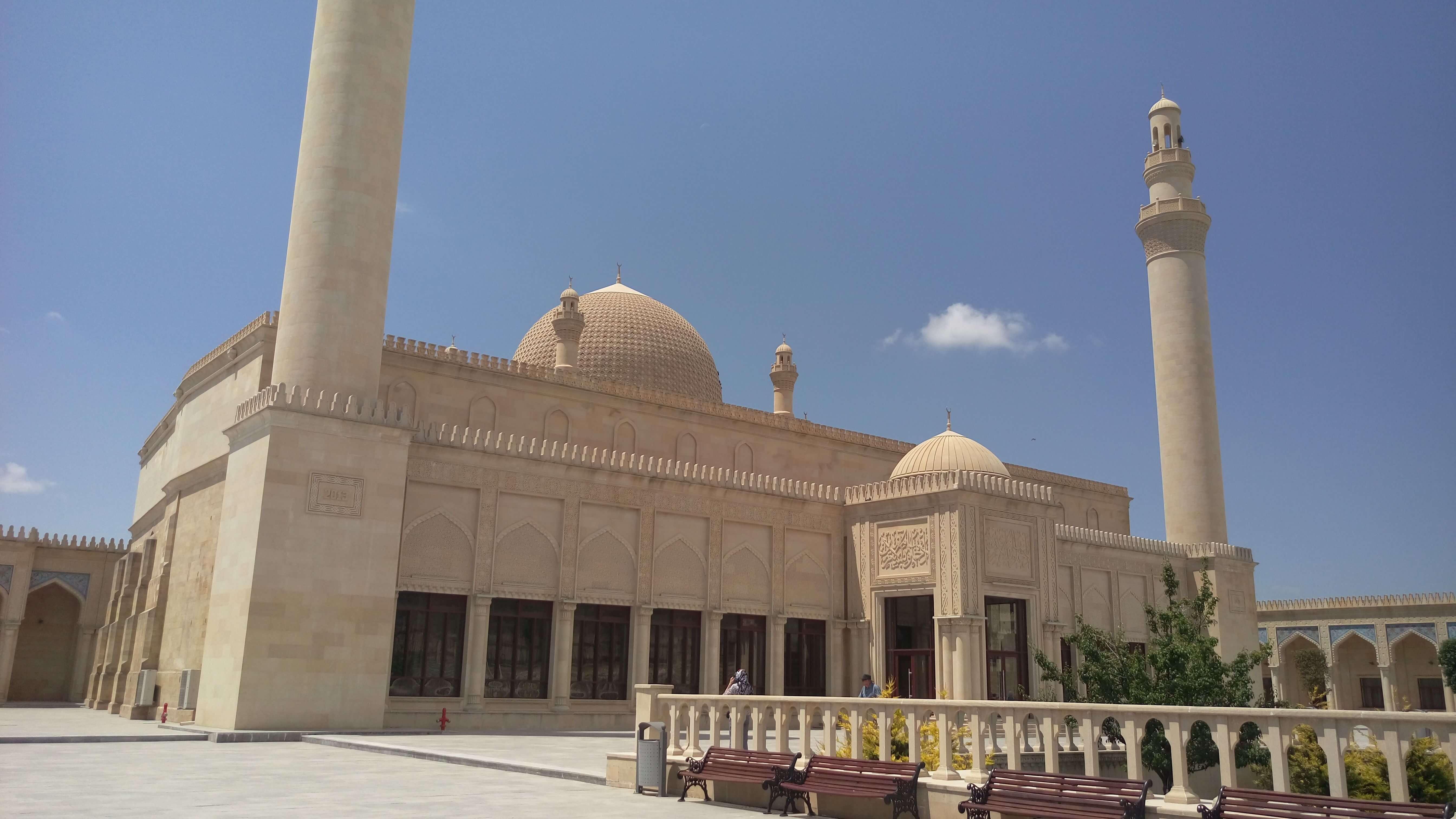 Viaja-a-Azerbaijan-Shamakhi-mezquita
