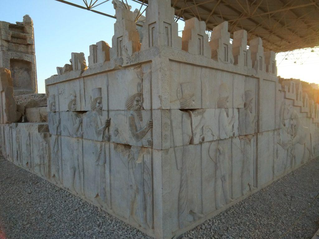 Templo de Persepolis - relieves