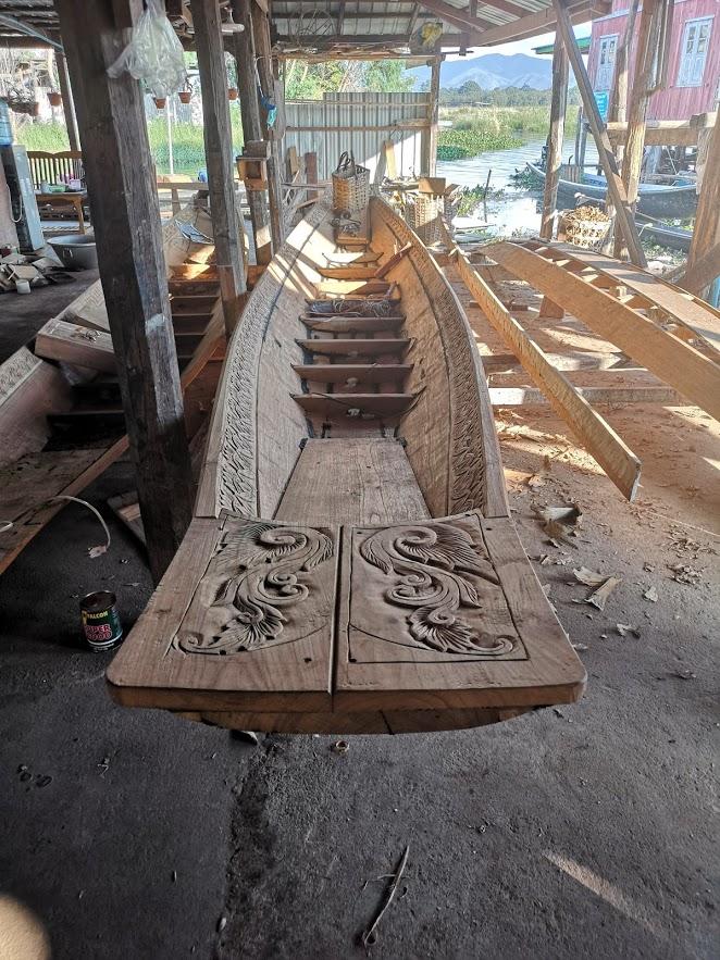 Myanmar pueblo constructor de barcos